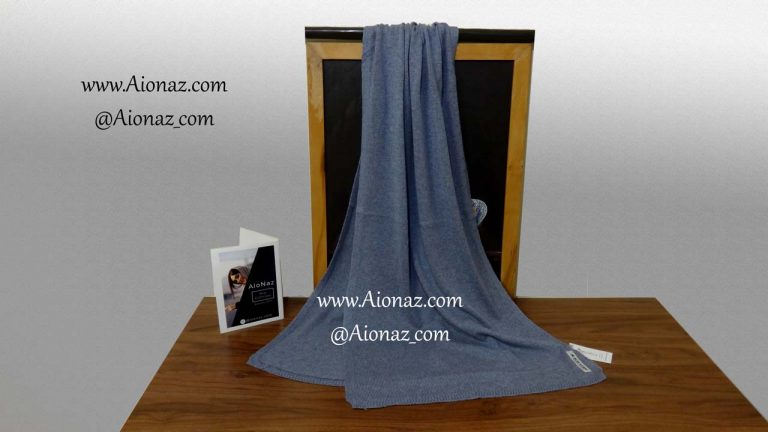 شال بافت ریز ساده آبی روشن بلو اسکارف نمای کلی