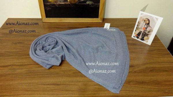 شال بافت ریز ساده آبی روشن بلو اسکارف نمای بالا