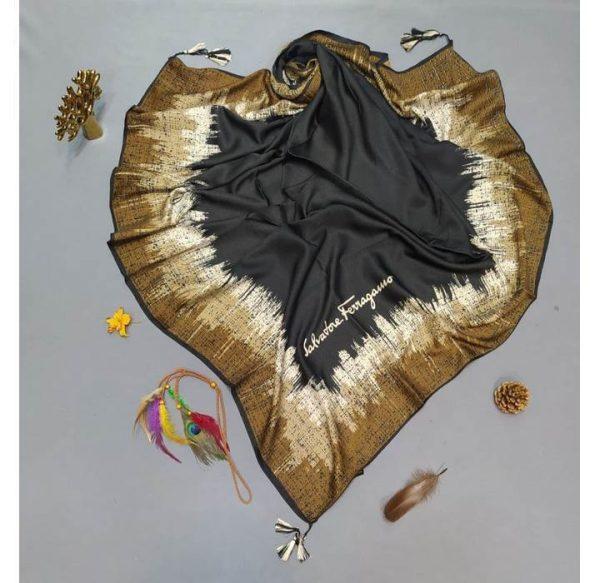 خرید عمده روسری نخی حاشیه دار نمای کار