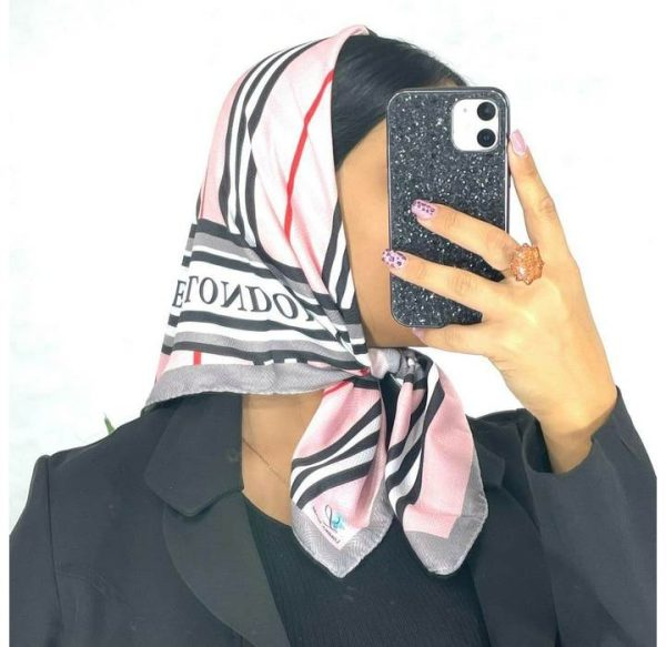 خرید عمده روسری نخی قواره کوچک بنفش